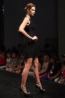 S&Atilde;O PAULO-SP-03.03.2015 - INVERNO 2015/MEGA FASHION WEEK -Grife Rery/<br /> O Shopping Mega Polo Moda inicia a 18&deg; edi&ccedil;&atilde;o do Mega Fashion Week, (02,03 e 04 de Mar&ccedil;o) com as principais tend&ecirc;ncias do outono/inverno 2015.Com 1400 looks das 300 marcas presentes no shopping de atacado.Br&aacute;z-Regi&atilde;o central da cidade de S&atilde;o Paulo na manh&atilde; dessa segunda-feira,02.(Foto:Kevin David/Brazil Photo Press)