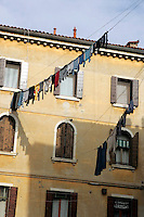 Panni stesi a Venezia.<br /> Hanging clothes in Venice.<br /> UPDATE IMAGES PRESS/Riccardo De Luca