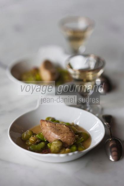 Europe/France/Midi-Pyrénées/32/Gers/Castéra Verduzan:    Foie gars aux fèves,  recette  de Bernard Ramouneda   du Restaurant: Le Florida