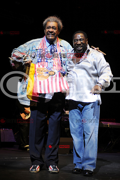 HOLLYWOOD FL - JUNE 22 : Don King and Eddie Levert perform during Don King's 80th birthday celebration at Hard Rock live held at the Seminole Hard Rock Hotel & Casino on June 22, 2012 in Hollywood, Florida. ©mpi04/MediaPunch Inc NORTEPHOTO.COM<br /> **SOLO*VENTA*EN*MEXICO**<br /> **CREDITO*OBLIGATORIO** <br /> *No*Venta*A*Terceros*<br /> *No*Sale*So*third*<br /> ** No Se Permite Hacer Archivo**
