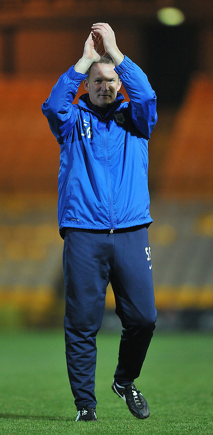 Preston North End's Manager Simon Grayson applaudes the travelling fans<br /> <br /> Photo by Dave Howarth/CameraSport<br /> <br /> Football - The Football League Sky Bet League One - Port Vale v Preston North End - Tuesday 26th November 2013 - Vale Park - Burslem<br /> <br /> &copy; CameraSport - 43 Linden Ave. Countesthorpe. Leicester. England. LE8 5PG - Tel: +44 (0) 116 277 4147 - admin@camerasport.com - www.camerasport.com