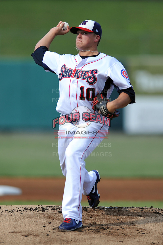 Tennessee Smokies starting pitcher Nick Struck #10 delivers a pitch during a game against the Mobile BayBears at Smokies Park on August 25, 2013 in Kodak, Tennessee. The BayBears won the game 2-0. (Tony Farlow/Four Seam Images)