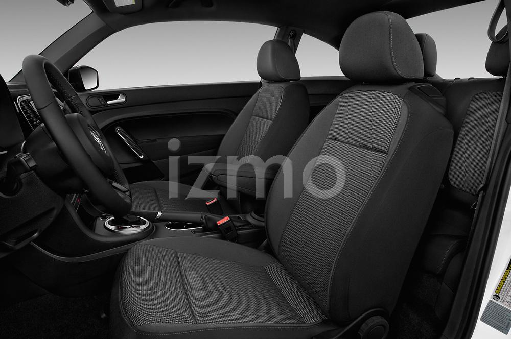 Front seat view of a 2019 Volkswagen Beetle S 5 Door Hatchback front seat car photos