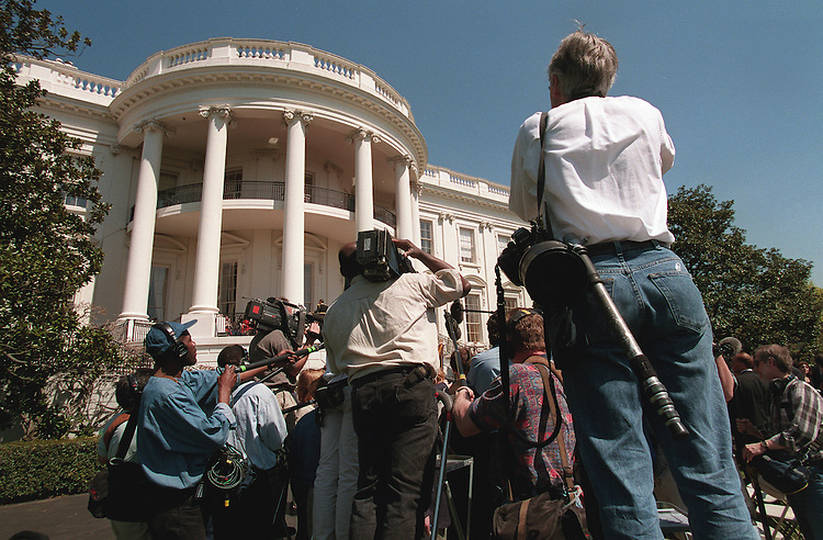 4/4/97.The media gathers around retired General Colin Powell on South Lawn of the White House after event to discuss the importance of ratifying the chemical weapons convention treaty..PHOTO BY SCOTT J. FERRELL