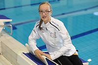 ZWEMMEN: HEERENVEEN: 01-11-2014, SportStad, NK parazwemmen, SANNE MELISSA HOVING, ZWEMSTERUIT HEERENVEEN, ©foto Martin de Jong
