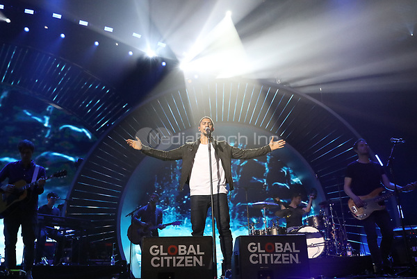Andreas Bourani sings during the first Global Citizen Festival Concert in Hamburg, Germany, 06 July 2017. The G20 Summit of the heads of government and state takes place on 7 and 8 July 2017 in Hamburg. Photo: Georg Wendt/dpa /MediaPunch ***FOR USA ONLY***