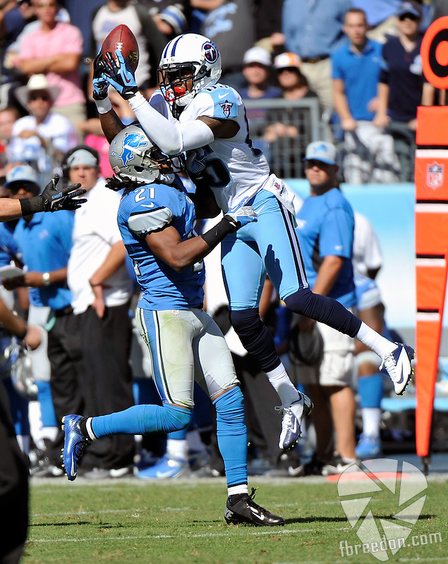 NASHVILLE, TN - SEPTEMBER 23:  Wide receiver Nate Washington #85 of the Tennessee Titans reaches over the back of Jacob Lacey #21 of the Detroit Lions to make a touchdown reception at LP Field on September 23, 2012 in Nashville, Tennessee.  (Photo by Frederick Breedon/Getty Images) *** Local Caption *** Nate Washington; Jacob Lacey
