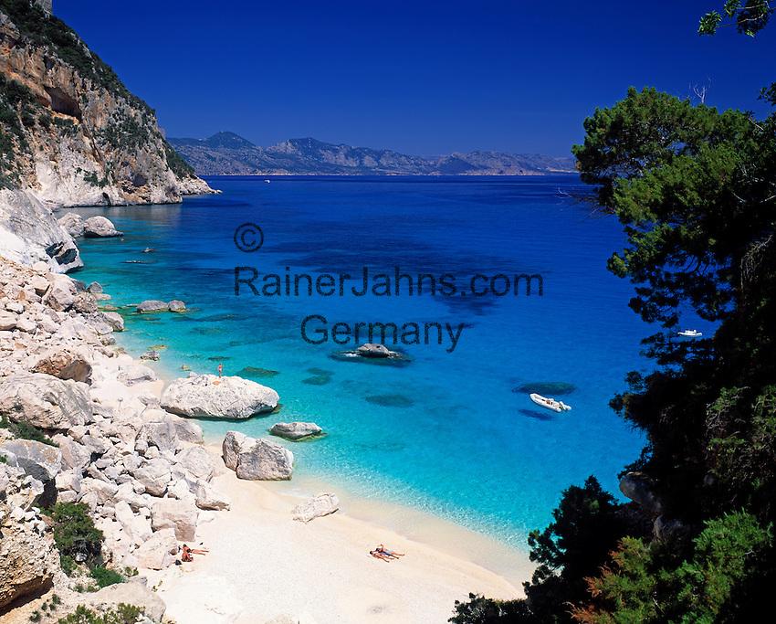 Italy, Sardinia, Cala Goloritze at Golfo di Orosei | Italien, Sardinien, Cala Goloritze am Golf von Orosei