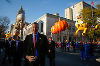 New York mayor Bill de Blasio attends the 89th Macy's Thanksgiving Annual Day Parade in the Manhattan borough of New York.  11/26/2015. Eduardo MunozAlvarez/VIEWpress
