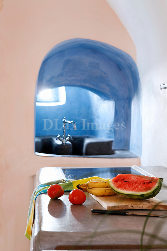traditional bright kitchen