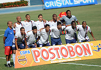BARRANQUIILLA -COLOMBIA-9-JULIO-2014. Formacion del Union Magdalena contra Uniautonoma  por la Copa Postobon II en el estadio Metropolitano. Team of Union Magdalena against Uniautonoma   by Postobon  Cup II in Metropolitan Stadium Photo:VizzoImage / Alfonso Cervantes / Stringer