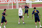 MADRID (25/05/09).- The Spanish Soccer national training session. Vicente del Bosque. ..PHOTO: Cesar Cebolla / ALFAQUI