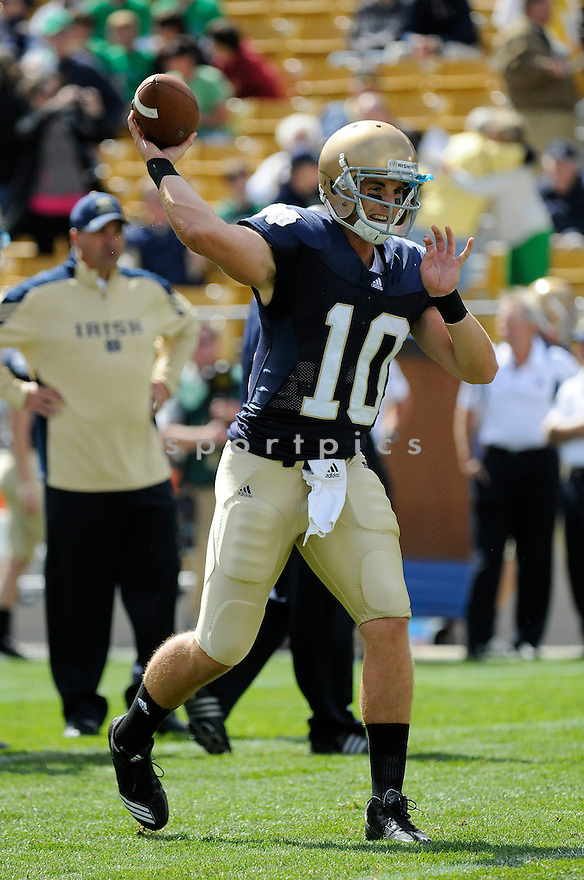 DAYNE CRIST, of the Notre Dame, in action during the Irish's game against the  Purdue Boilermakers at Notre Dame Stadium in South Bend, Indiana September 4, 2010.   Notre Dame won the game 23-12.....