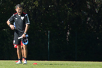 SÃO PAULO, SP, 04.08.2015 - FUTEBOL-SÃO PAULO -  Juan Carlos Osorio durante treino do São Paulo Futebol  no Centro de Treinamento da Barra Funda, na manhã desta terça-feira (04). (Foto: Adriana Spaca/Brazil Photo Press)
