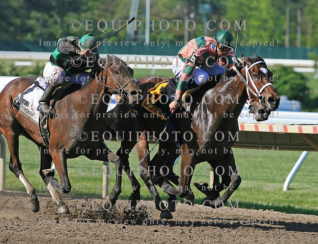 On The Menu #6 with Eddie Castro riding edges Mary's Follies #2 with Carlos Marquez, Jr. and Bold Union #7 and Stewart Elliott in the Just Smashing Stakes at Monmouth Park in Oceanport, N.J.  Photo By Bill Denver/EQUI-PHOTO