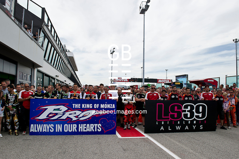 2016 FIM Superbike World Championship, Round 08, Misano, Italy, 16-19 June 2016, Minutes Silence for Fabrizio Pirovano and Luis Salom