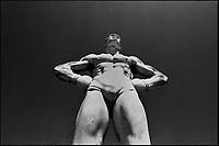 Roma<br />  Lo stadio dei Marmi al Foro Italico   <br /> Sulle gradinate perimetrali in marmo bianco di Carrara <br /> furono poste le 60 statue (in realt&agrave; 59) offerte dalle province d'Italia. <br /> Fu inaugurato nel 1932. La sua capienza &egrave; di circa 5.280 posti.