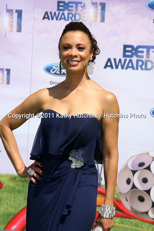 LOS ANGELES - JUN 26:  Valerie Pettiford arriving at the 11th Annual BET Awards at Shrine Auditorium on June 26, 2004 in Los Angeles, CA