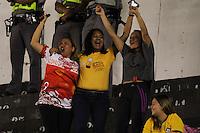 SANTOS, SP - 15.05.2014 - COPA DO BRASIL - SANTOS vs PRINCESA DO SOLIMÕES/AM - Torcedores do Princesa do Solimões, comemora gol durante partida de volta, válida pela pela segunda fase da Copa do Brasil, no estádio Urbano Caldeira (Vila Belmiro), no litoral Sul de São Paulo, na noite desta quinta-feira, 15. (Foto: Geovani Velasquez / Brazil Photo Press).