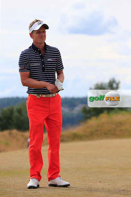 Luke Donald (ENG) on the 4th tee during Thursday's Round 1 of the 2015 U.S. Open 115th National Championship held at Chambers Bay, Seattle, Washington, USA. 6/19/2015.<br /> Picture: Golffile | Eoin Clarke<br /> <br /> <br /> <br /> <br /> All photo usage must carry mandatory copyright credit (&copy; Golffile | Eoin Clarke)