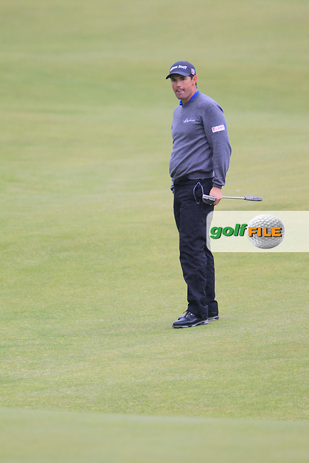 Padraig HARRINGTON (IRL) on the 18th during the final round on Monday of the 144th Open Championship, St Andrews Old Course, St Andrews, Fife, Scotland. 20/07/2015.<br /> Picture: Golffile | Fran Caffrey<br /> <br /> <br /> All photo usage must carry mandatory copyright credit (&copy; Golffile | Fran Caffrey)