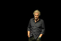 Der Schriftsteller Frank Sch&auml;tzing probt am Mittwoch (22.10.14) in Berlin f&uuml;r einen Auftritt<br /> Foto: Axel Schmidt/CommonLens