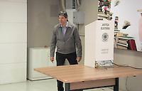 SÃO PAULO,SP,02.10.2016 - ELEIÇÕES-SÃO PAULO - Fernando Haddad candidato à prefeitura de São Paulo, é visto registrando seu voto no colégio Brazilian Internacional School no bairro de Moema região sul de São Paulo,neste domingo 02. ( Foto : Marcio Ribeiro/Brazil Photo Press)