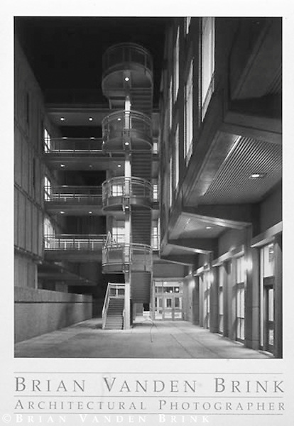 STAIR TOWER<br /> Environmental Sciences Building<br /> Tulane University<br /> New Orleans, Louisiana<br /> Wilson Architects/Payette Associates &copy; Brian Vanden Brink, 2000
