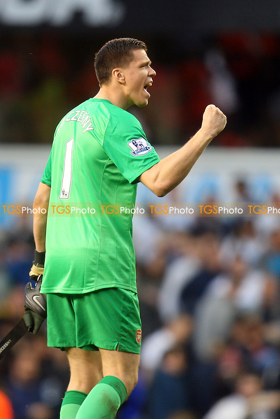 Wojciech Szczesny of Arsenal celebrates at the final whistle - Tottenham Hotspur vs Arsenal, Barclays Premier League Football at the White Hart Lane Stadium - 16/03/14 - MANDATORY CREDIT: Dave Simpson/TGSPHOTO - Self billing applies where appropriate - 0845 094 6026 - contact@tgsphoto.co.uk - NO UNPAID USE