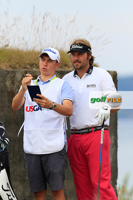 Victor DUBUISSON (FRA) on the 18th tee during Thursday's Round 1 of the 2015 U.S. Open 115th National Championship held at Chambers Bay, Seattle, Washington, USA. 6/18/2015.<br /> Picture: Golffile | Eoin Clarke<br /> <br /> <br /> <br /> <br /> All photo usage must carry mandatory copyright credit (&copy; Golffile | Eoin Clarke)