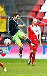 Nederland, Utrecht, 23 december 2012.Eredivisie .Seizoen 2012-2013.FC Utrecht-Ajax.Daley Blind (l.) van Ajax in actie met bal.