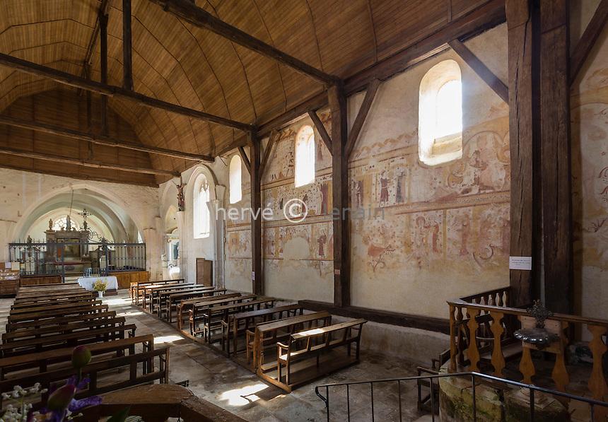 France, la Puisaye, Yonne (89), Moutiers-en-Puisaye, église Saint-Pierre, peinture murales de la nef // France, the Puisaye, Yonne, Moutiers-en-Puisaye, Saint Pierre church, fresco
