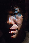 Retrato de &iacute;ndio Kalapalo pintado para festa do Kuarup na Aldeia Aiha no Parque Ind&iacute;gena do Xingu | Portrait of Kalapalo man painted to Kuarup party at Aiha Village in the Xingu Indigenous Park<br /> <br /> LOCAL: Quer&ecirc;ncia, Mato Grosso, Brasil <br /> DATE: 07/2009 <br /> &copy;Pal&ecirc; Zuppani
