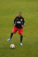 COTIA, SP, 25 DE JUNHO DE 2013. TREINO SPFC. o jogador Luis Fabiano durante treino do time do SPFC no Centro de Treinamento de  Cotia.  FOTO ADRIANA SPACA/BRAZIL PHOTO PRESS