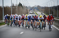 when the peloton nears the North Sea, it splits in echelons because of the fearcesome winds there; all the main rivals are in the first echelon<br /> <br /> 78th Gent - Wevelgem in Flanders Fields (1.UWT)