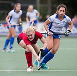 UTRECHT - Elin van Erk (Laren) met rechts Georgina Oliva Isem (Kampong)   tijdens de hockey hoofdklasse competitiewedstrijd dames:  Kampong-Laren (2-2). .COPYRIGHT KOEN SUYK