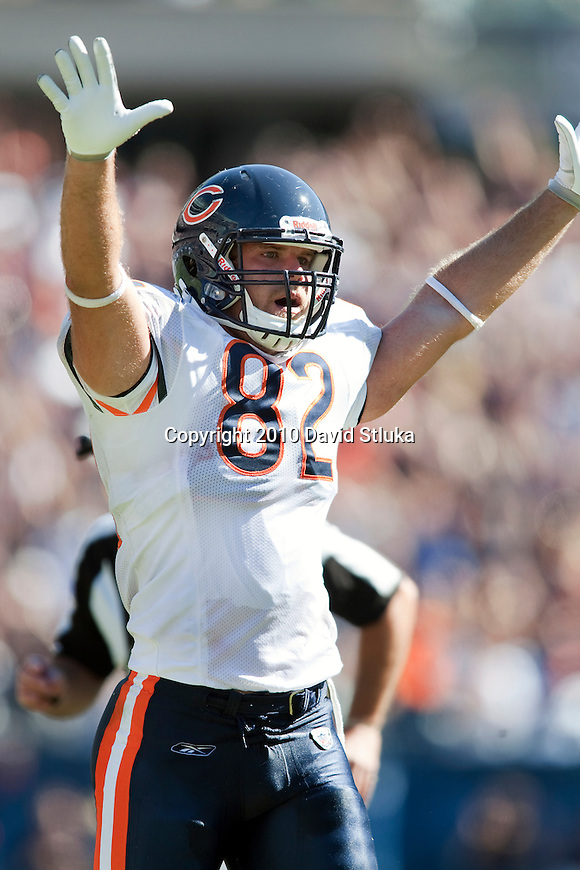 Chicago Bears tight end Greg Olsen (82) celebrates a touchdown during opening weekend of an NFL football game against the Detroit Lions in Chicago, Illinois on September 12, 2010.  The Bears beat the Lions 19-14. (AP Photo/David Stluka)