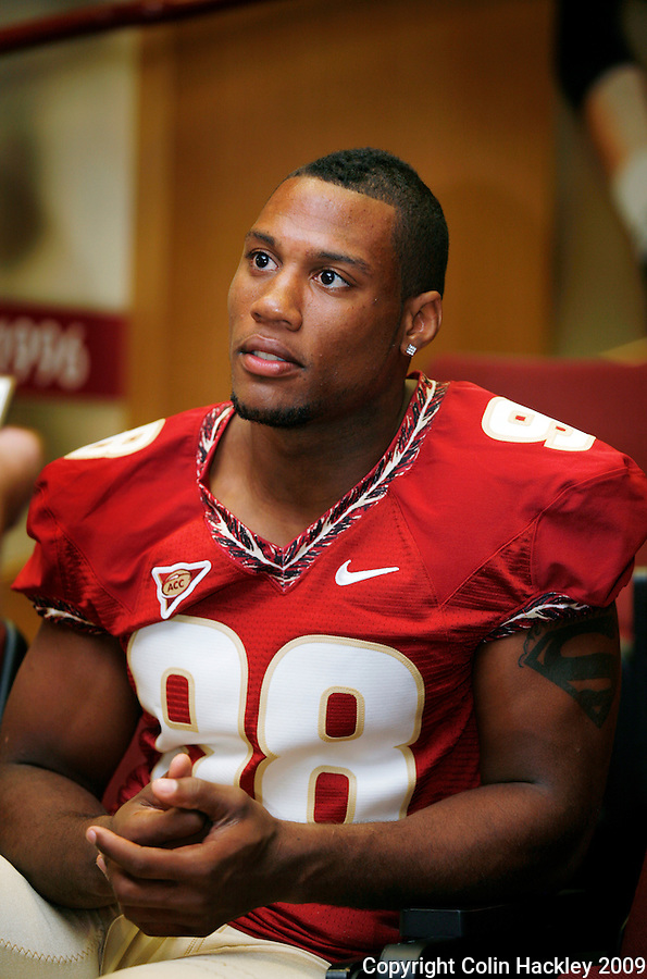 TALLAHASSEE, FL. 8/9/09-FSU-WHITE 0809 CH01-Florida State defensive end Markus White takes questions during media day Sunday in Tallahassee...COLIN HACKLEY PHOTO