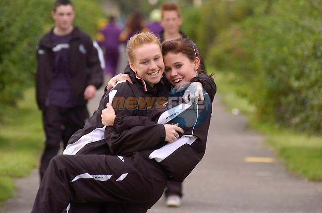 August 20th, 2006 Mosney Community Games..Niamh Noonan and Fiona McGoldrick from Sligo photographed at the above..Photo: BARRY CRONIN/Newsfile..(Photo credit should read BARRY CRONIN/NEWSFILE).