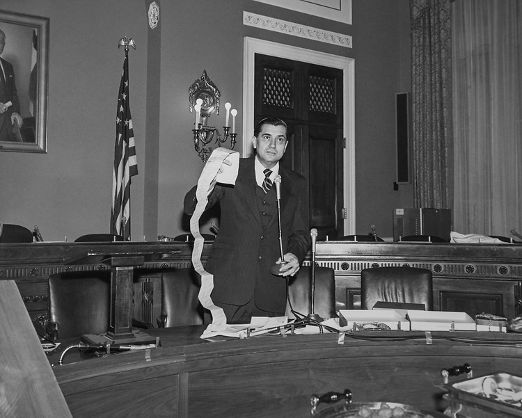 Congressional aide Hyde Murray in the Rayburn House Office Building, in 1991. (Photo by Maureen Keating/CQ Roll Call via Getty Images)