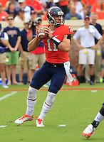 DUPLICATE***Virginia quarterback Greyson Lambert (11)***Virginia cornerback Divante Walker (11) during the game in Charlottesville, VA. Virginia lost to UCLA 28-20. Photo/Andrew Shurtleff
