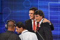 OSASCO, SP, 03 SETEMBRO DE 2012 – DEBATE REDETV – ATENÇÃO EDITOR: FOTO EMBARGADA PARA VEÍCULOS INTERNACIONAIS: Candidato a prefeitura de São Paulo Chalita (e) e Gianazzi (d) durante debate realizado na noite desta segunda feira (03) pela RedeTV, na sede da emissora em Osasco. (FOTO: LEVI BIANCO / BRAZIL PHOTO PRESS).
