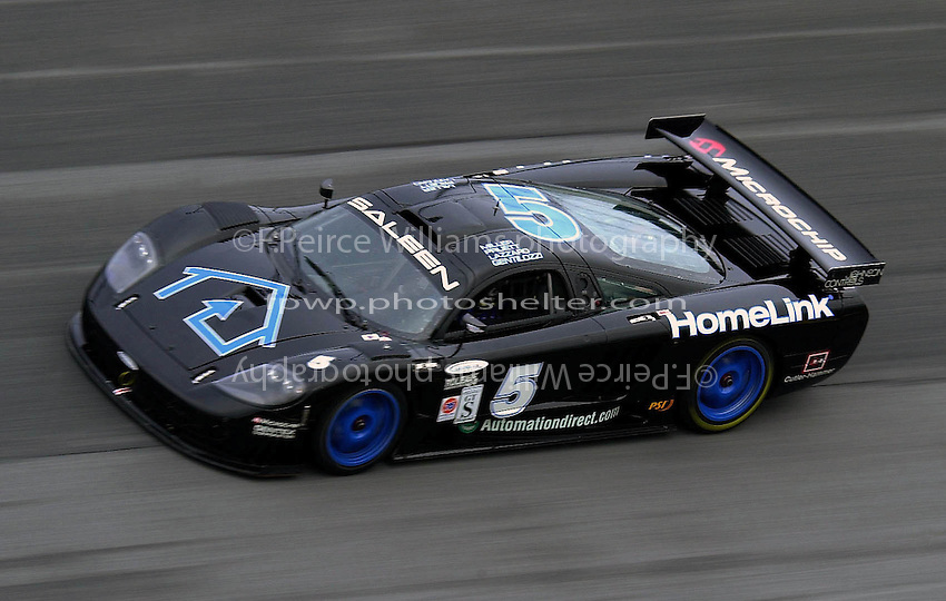 The Rocketsports Saleen S7R on the east banking..39th Rolex 24 at Daytona, 3/4 February,2001 Daytona International Speedway  Daytona Beach,Florida,USA.©F.Peirce Williams 2001 .