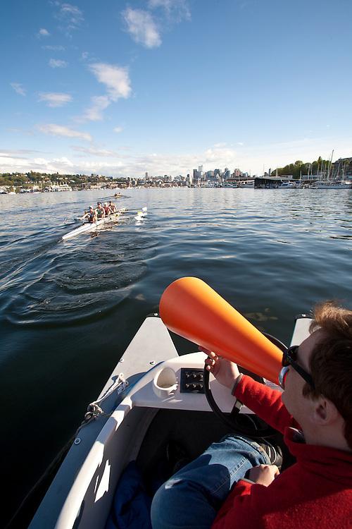 Rowing, Seattle, Seattle Rowing Center, rowing schools, Tom Kellett coaching middle school, high school rowers, workout, Lake Union, Seattle skyline,