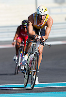 12 MAR 2011 - ABU DHABI, UAE - Marino Vanhoenacker - Abu Dhabi International Triathlon (PHOTO (C) NIGEL FARROW)