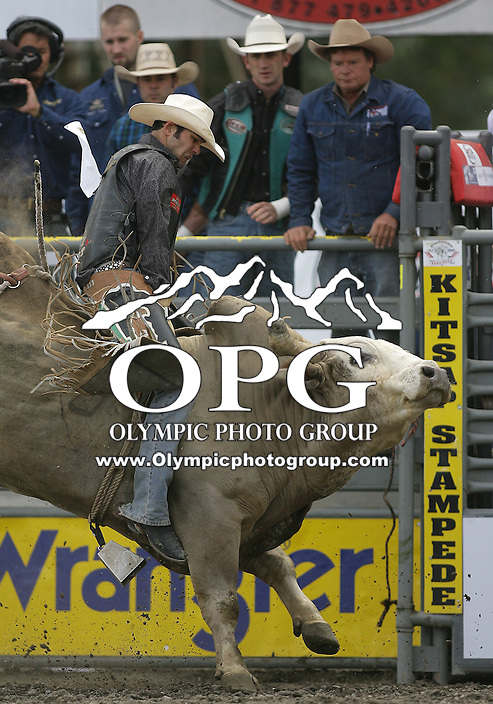 29 Aug 2010: Dalton Votaw riding the bull Pale Face scored a 79.5 during the first round of the Seminole Hard Rock Extreme Bulls competition at the Kitsap County Stampede in Bremerton, Washington.