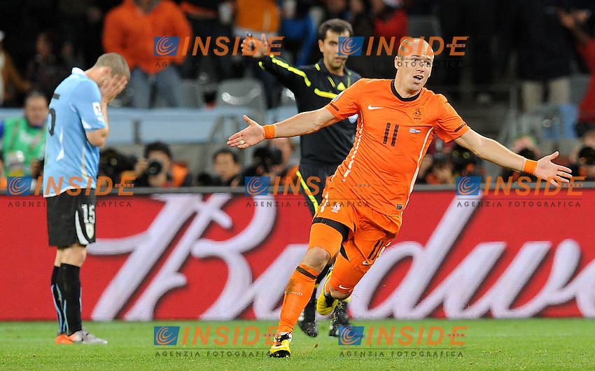 Esultanza di Arjen Robben (Olanda)<br /> Uruguay Olanda - Uruguay vs Netherlands<br /> Semifinale - Semifinal<br /> Campionati del Mondo di Calcio Sudafrica 2010 - World Cup South Africa 2010<br /> Green Point Stadium, Cape Town  06/07/2010<br /> &copy; Giorgio Perottino / Insidefoto