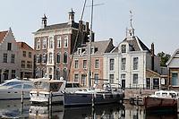 Goes- Historische huizen aan de Stadshaven