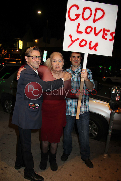 Dennis Christopher, Sally Kirkland<br />