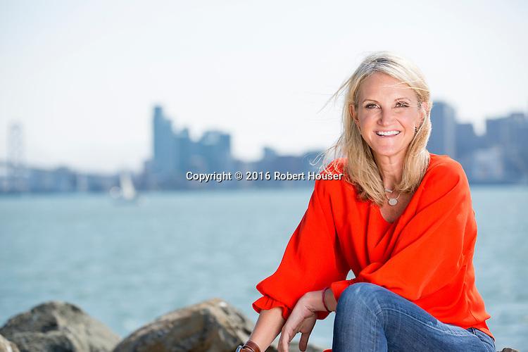 Portrait of Mel Robbins